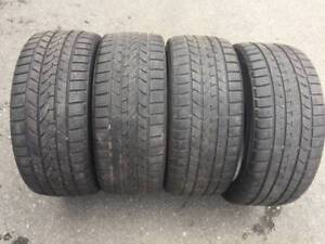 set of 225/40/18 winter tires in great shape (surrey)
