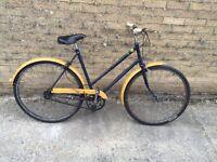 Ladies Town Bike 1974. Free Lock/Lights/Delivery
