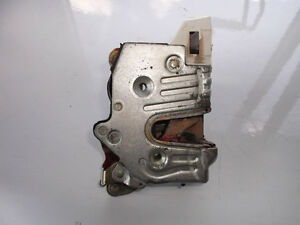 Mercedes-Benz 300E W124 1986-1992 Rear Left Door Latch OEM