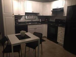 Fully Furnished 1 Bedroom Suite (Clayton Heights)