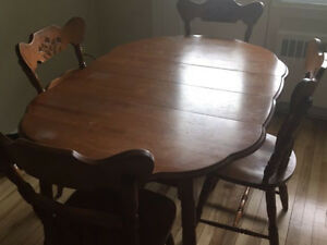 Solid Wood Dining room table with 4 chairs