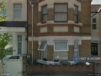 1 bedroom flat in Brewery Road, London, SE18 (1 bed)