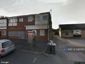 2 bedroom flat in Alder Road, Manchester, M35 (2 bed)