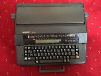 Sharp PA -3140 Electronic Typewriter