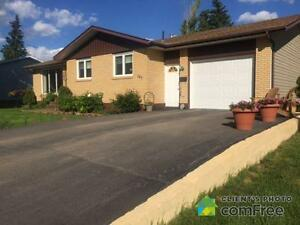 house in Balcarres with park like yard