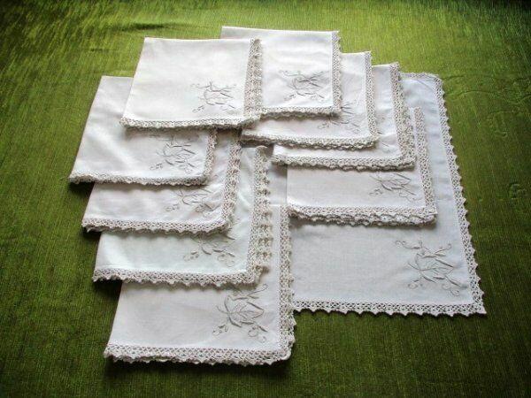 10 Napkins with Hand embroidery + Hand crochet trim - Cream