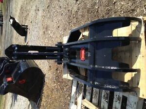 EXCAVATOR HYDRAULIC & MECHANICAL THUMBS, CANADIAN BUILT