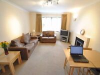 ***LARGE 1 DOUBLE BEDROOM APARTMENT WITH ALLOCATED PARKING IN A SECURE BLOCK***