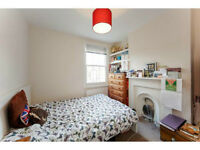 Spacious Room in Brixton / Herne Hill in spacious friendly, smart terrace.