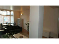 CENTRALLY LOCATED 2 DOUBLE BEDROOM FLAT AVAILABLE NOW!