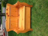 Contents Sale - Pine Sleigh Bench