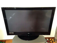 LG 42' HD READY PLASMA TV