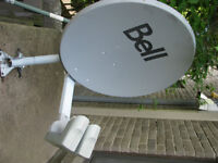 Bell ExpessVu full kit, Dish and receivers/ Équipement complet