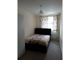 decent room @Hayes church road