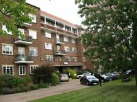 2 bedroom flat in Thurlby Croft, HENDON, NW4