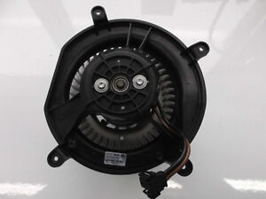 Mercedes-Benz E CL CLS Class 2003-2011 Blower Motor 211 830 0408