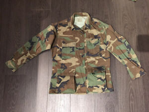 Camouflage military fatigues +pants jacket+ hat gloves