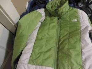 North Face Ladies jacket green color size XS $25