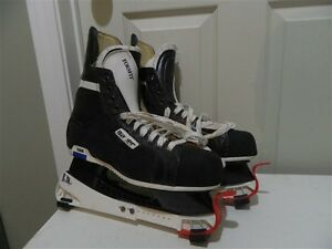 Mens Bauer Supreme Classic (100) Skates size 11 -2b in excellent