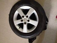"""Set of 4-15"""" tires on alloy rims - Motomaster AW 195/65R15 89S"""