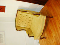 Victorian Style Arm chair/ Fauteuil style victorien