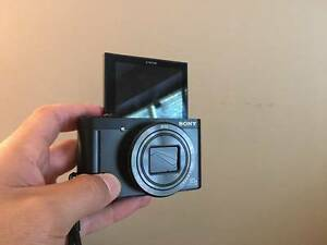 SONY CYBERSHOT WX500 Flip Screen CAMERA