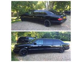 Black LIMO Limousine