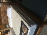Queen Hotel Coil with Eurotop, Mattress & Box spring,WOW!
