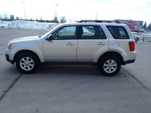 2010 MAZDA TRIBUTE GS. AUTOMATIC. AC. GROUP ELECTRIC....etc