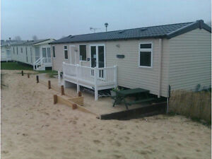 GREAT YARMOUTH HAVEN CAISTER  CARAVAN HIRE BEACH FRONT ON THE SAND