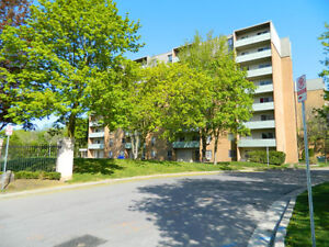 Adelaide and Kipps: 740 - 756 Kipps Lane, 2BR London Ontario image 2