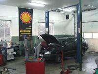 Im looking for garage / workshop to rent