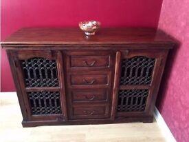 Wooden sideboard cabinet