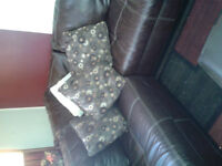 queen bed set n ///sectional sofa