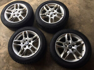 4 Michelin X-Ice 205/55R16 Winter Snow Tires on Alloy Rims Kitchener / Waterloo Kitchener Area image 1