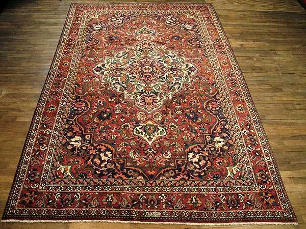 Bakhtiari Semi Antique Carpet 7 feet  X 10 ft