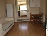 A Very Large 2 Bedroom Period Conversion Flat to Let in Stoke Newington N16