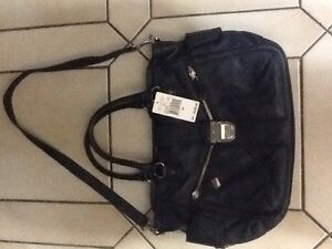 Michael Kors Riley handbag/satchel messenger brand new with tags Edmonton Edmonton Area image 2