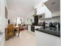 Ultra modern 2 bed flat 10 minute walk away from Mill Hill Broadway