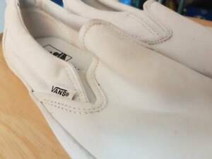 Vans shoes slip on white size 8.5 mens 10 womens