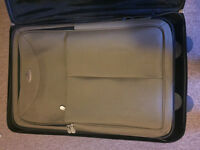 4 pc Cambridge luggage set