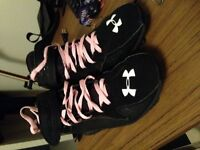 UNDERARMOUR CLEATS SIZE 12! GREAT CONDITION