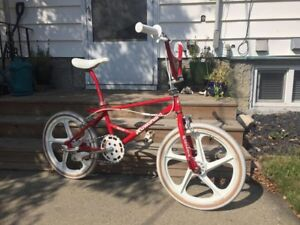 I Buy Kuwahara - bmx, parts, clothing, gear. Looking for it all