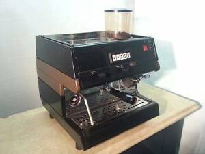 Brugnetti Espresso Coffee Machine with Built in Coffee Ginder