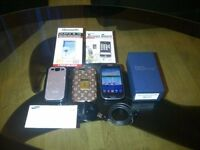 *** LOOK MINT Samsung Galaxy S3 III GT-I9300 16 GB Pebble Blue sim free Unlocked Smartphone ***