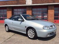 RENAULT MEGANE CONVERTABLE RARE 1.6 LOADS HISTORY HALF LEATHER SEATS ( FORD VAUXHALL BMW RENAULT )