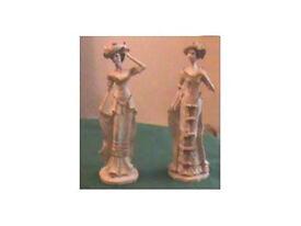 pair figurines