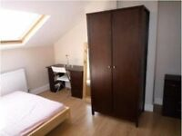 loft room in a furnished 6bed shared house near city center & university bills include