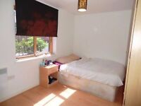 ***OUTSTANDING OFFER ON A DOUBLE ROOM IN ANGEL***HURRY!!!