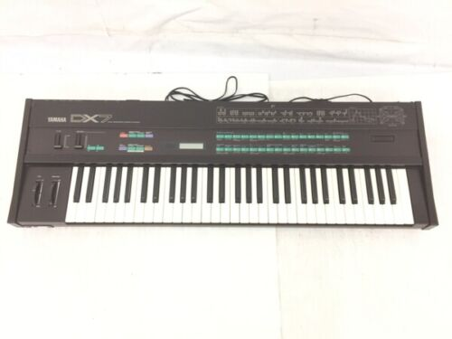 Yamaha DX7 Digital Programmable Algorithm Synthesizer Good Condition F/S Japan